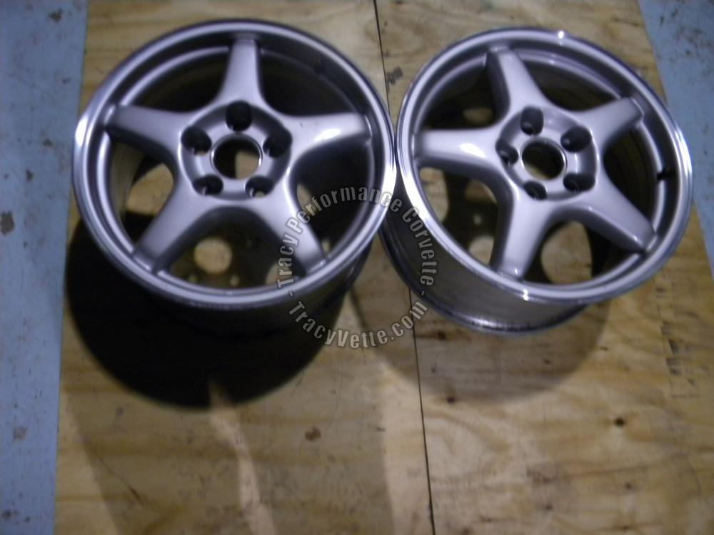 "1993-1996 Corvette Orig GM 9592382 17""x8.5""x56 Fr Wheels/Pr. Used 5 Spoke Silver"