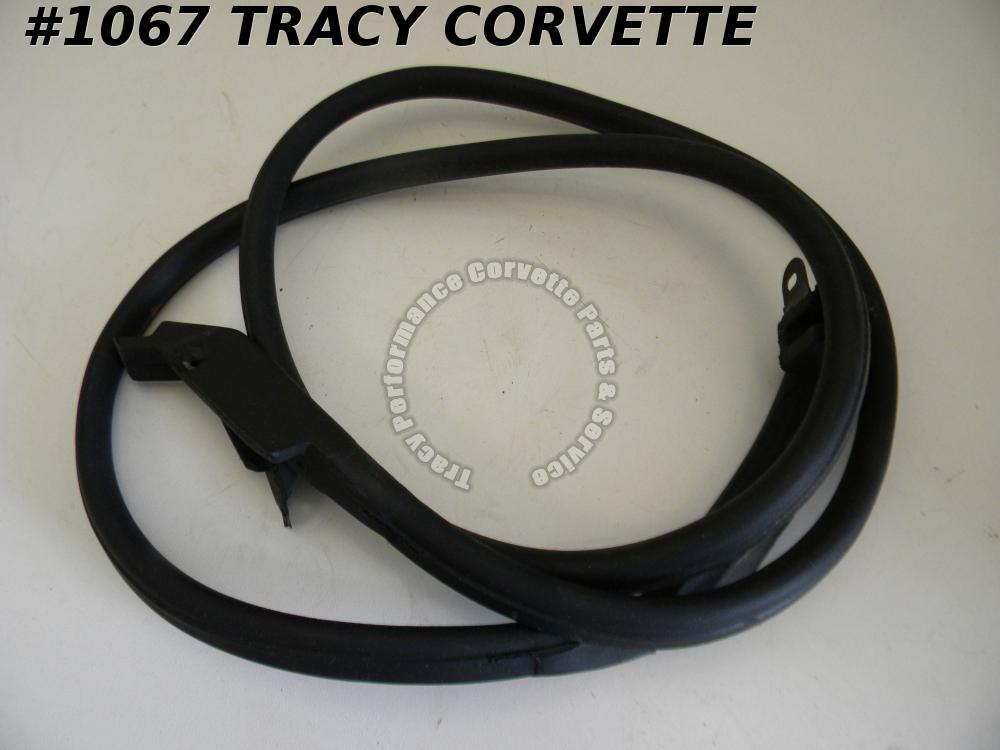 1969-1975 Corvette NOS 3966569 LH Conv Door Main Weatherstrip 69 70 71 72 73 74
