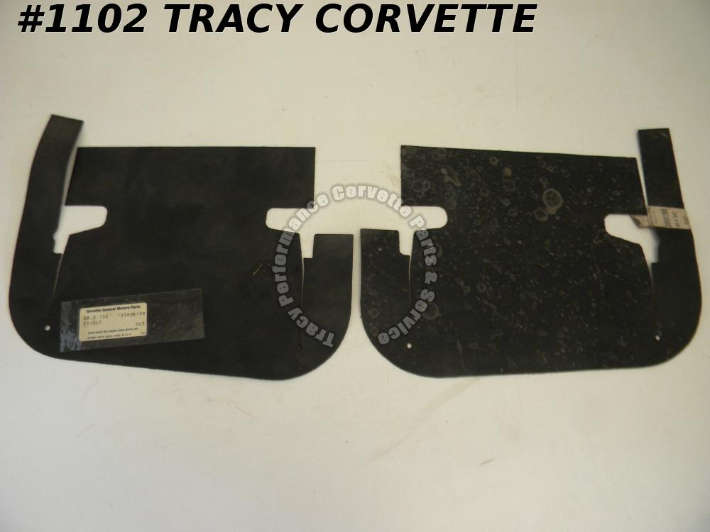 1963-1966 Corvette NOS 3908199 Front Inner Skirt Dust Shields/Pr 63 1964 1965 66