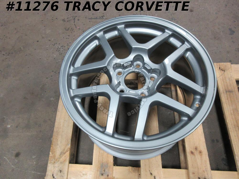 2002-04 Corvette Used Original 9594808 17x9.5 Z06 GM Factory Front Wheel 02 03