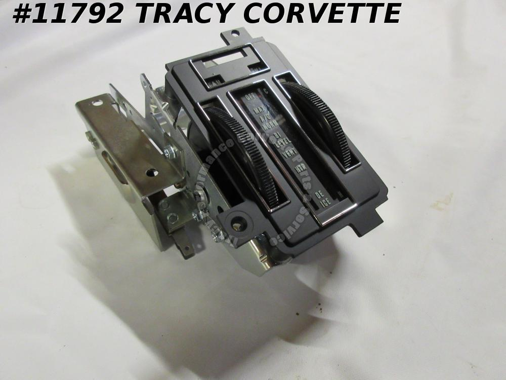 1969-71 Corvette New Repro 3942622 Heater Control Unit with Air Conditioning 70