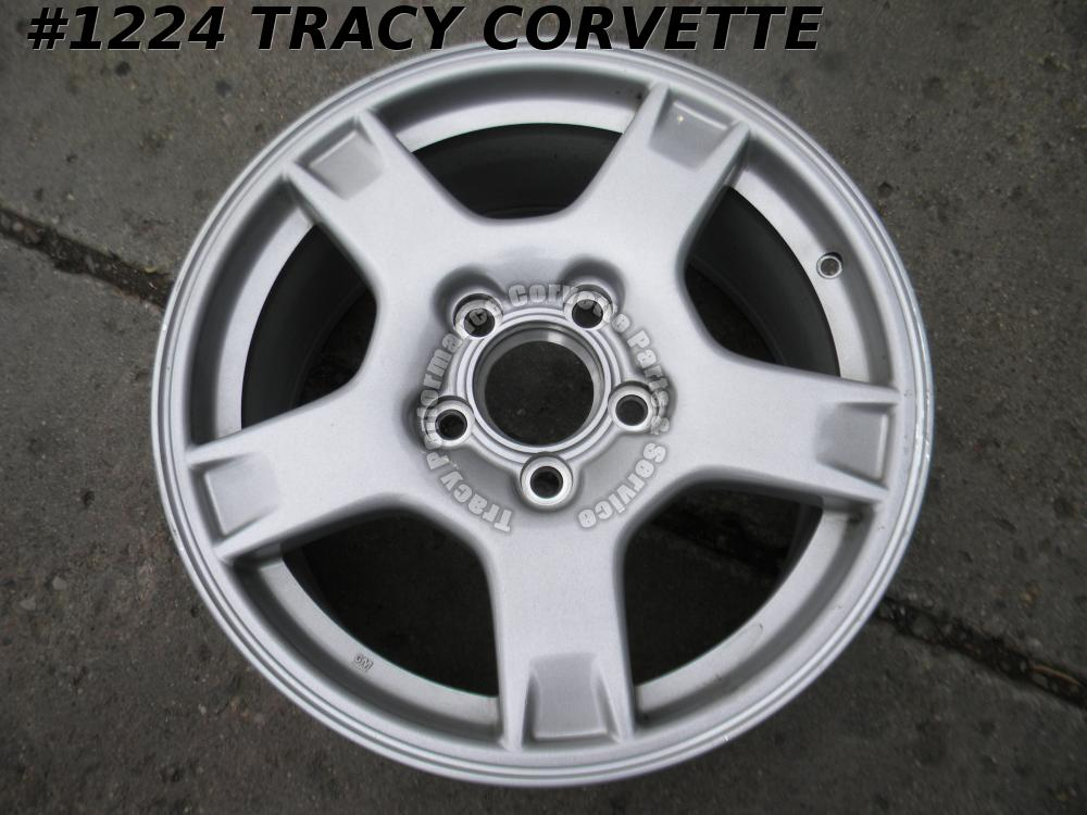 1997-1999 Corvette Original 9592524  17x 8.5 GM Factory Front Wheel 97 98 99