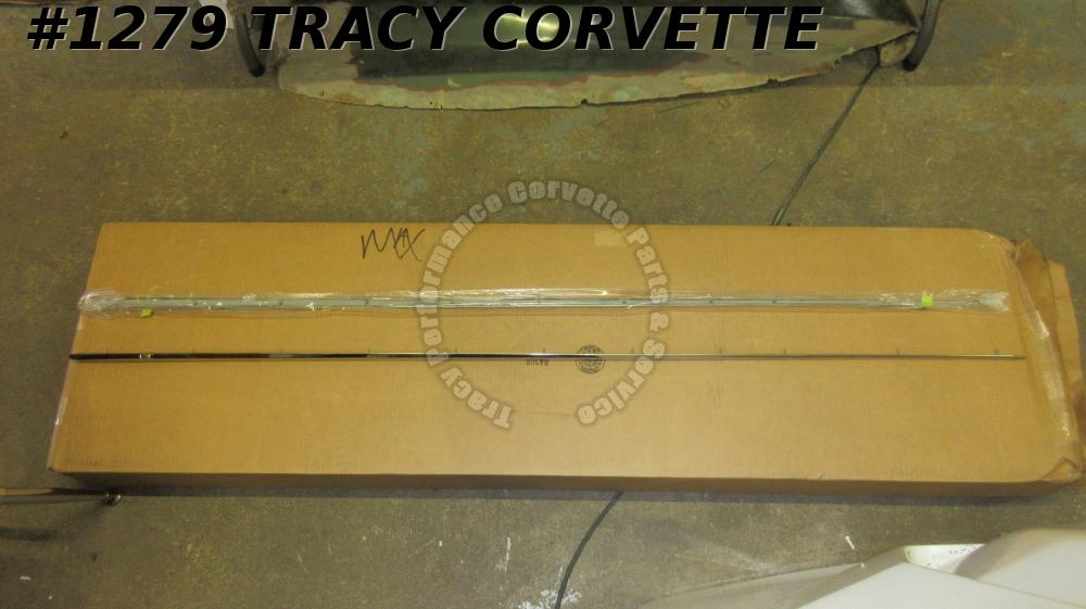 1958-1962 Corvette Fender Top Moldings GM# 3740215 f/ pair