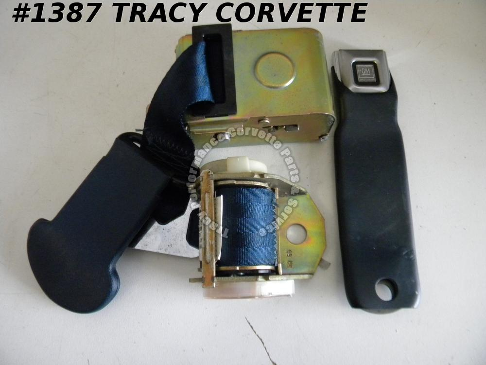 1974 74 Corvette NOS 345160 RH GM Medium Blue Dual Retractor Seat Belt Assembly