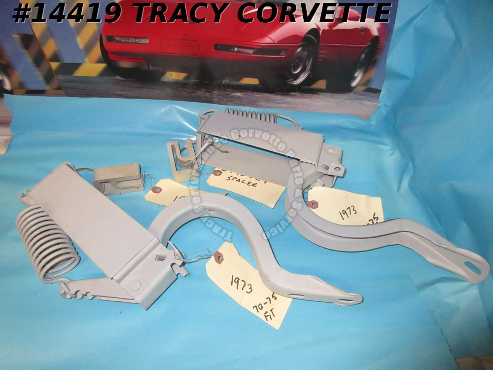 1968-1975 Corvette Convertible Rear Decklid Hinge Assembly Pair GM# 3995021
