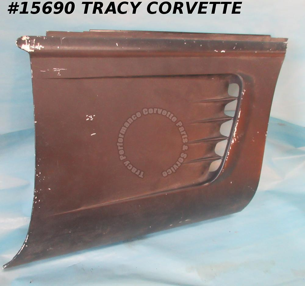 Corvette Rear Spoilers to identify   600040 this listing