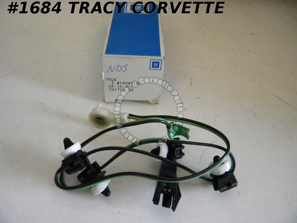 1984-1986 Corvette NOS 14047192 AntiTheft Switch RH Passenger Door 84 1985 85 86