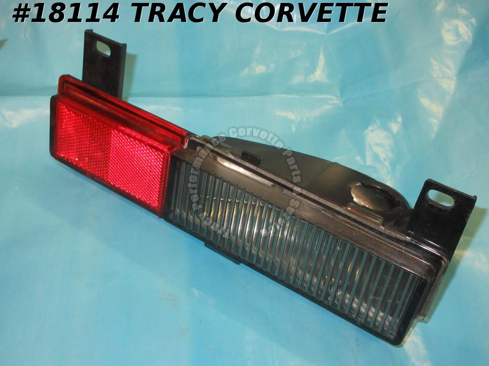1984-1989 Corvette Rear Side Marker 16508520 Turn Signal Corner Light Right 1990