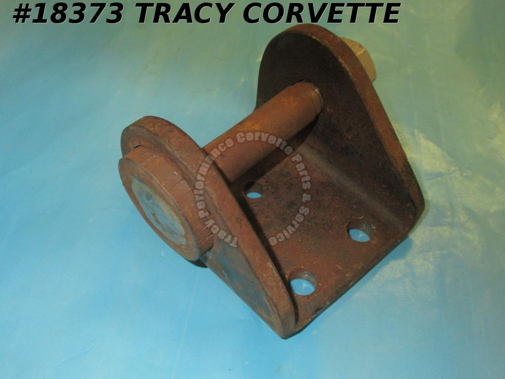1956-1962 Corvette 1433914 3731148 Rear Spring Frt Hanger Bracket & Eye Pin Left