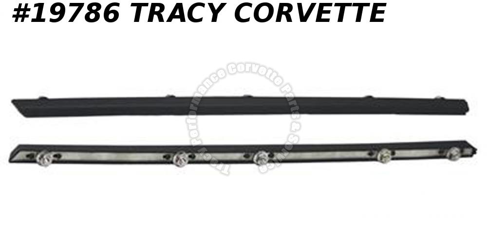 1984-1990 Corvette GM# 14043133 Left Rear Fender Bumper Body Side Moulding