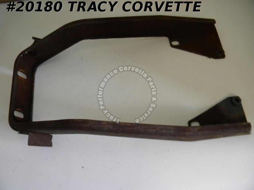 1968-1969 Corvette 3938080 Center Bumper Front Horseshoe Bracket ***Straigtened***