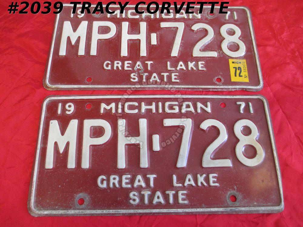 "1971 71 Michigan Used Original Vintage Metal License Plates Pair MPH-728 12""X 6"""