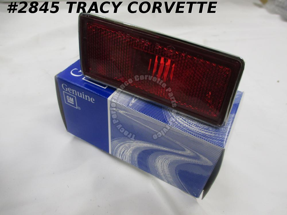 1974-1982 Corvette Rear Marker Light GM# 362957 Assembly Left Side Red