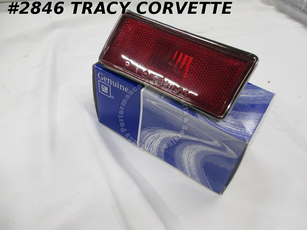 1974-1982 Corvette Rear Marker Light GM# 362958 Assembly Right Side Red