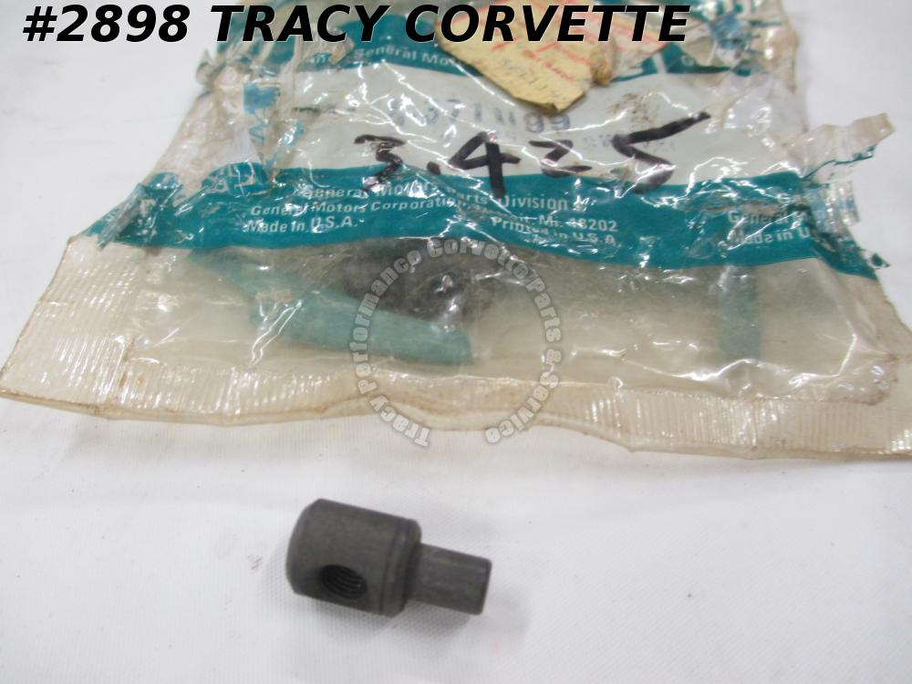 1955-1969 Corvette Swivel Carb to Accel Rod/ BellCrank Rod   GM# 3711199   NOS