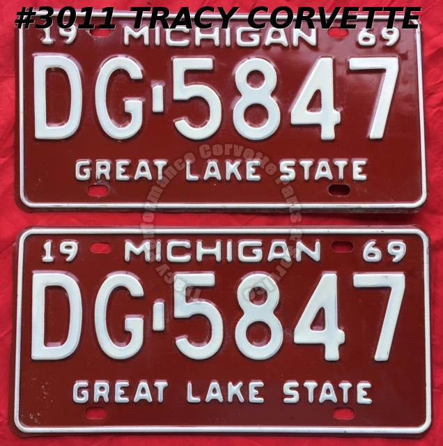 "1969 69 Michigan Used Original Vintage Metal License Plates Pr DG-5847 12"" x 6"""
