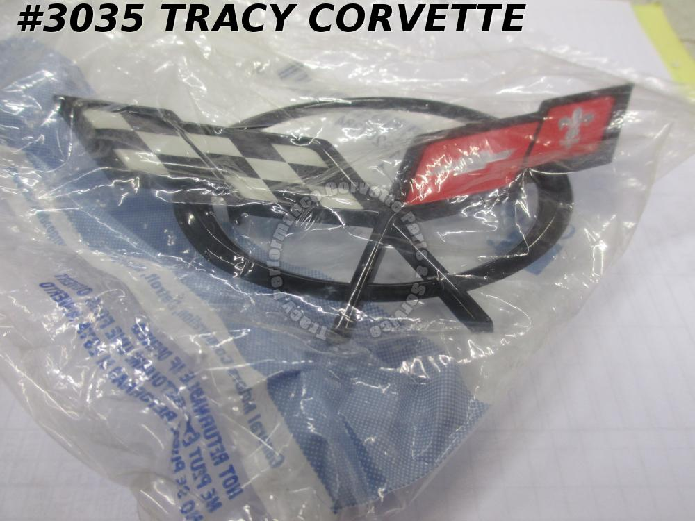 1997-04 Corvette New 19207384 Front Bumper Nose Emblem 97 98 99 00 01 02 04