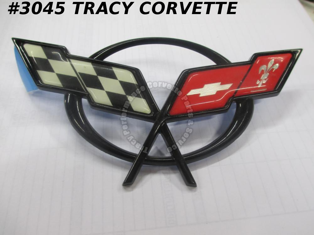 1997-04 Corvette New 19207384 Front Bumper Nose Emblem - Scuffed