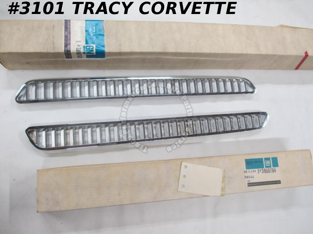 1965-1966 Corvette NOS 3868763 3868764 BB Hood Inlet Grill Grille/Pair