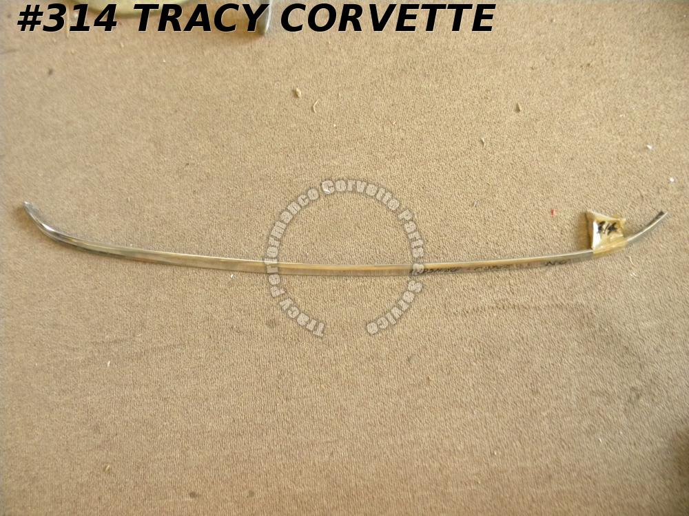 1964-1967 Corvette Coupe NOS 3841255 Upper Windshield Molding C2 Needs Repairs
