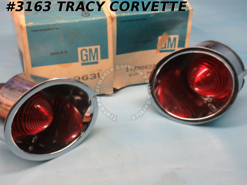 1961-62 Corvette NOS 899631 899632 Inner Tail Light Asm w/Lens Driver Quality/Pr