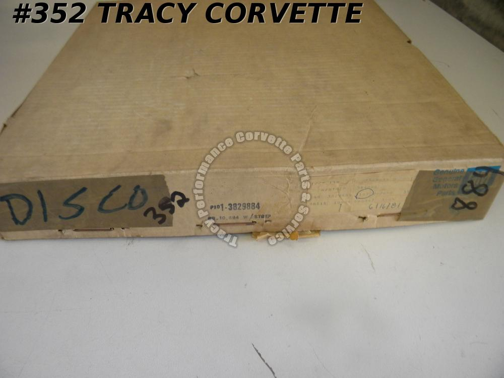 1963-1967 Corvette NOS 3829884 RH Door Main Coupe Weatherstrip 63 64 65 1966 67