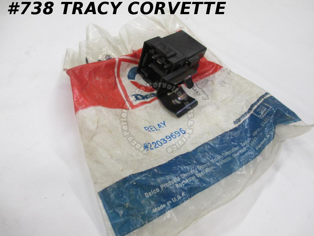 1985-01 NOS GM Delco 22039696 Power Antenna Radio Relay  85 86 87 88 89 90 91-01